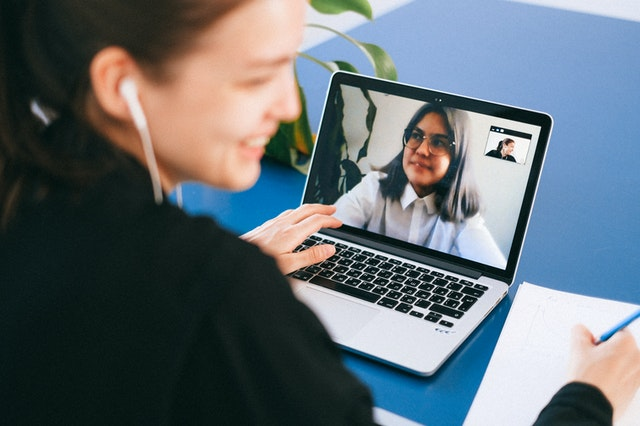 fitur lms, video conference lms, lms indonesia, learning management system